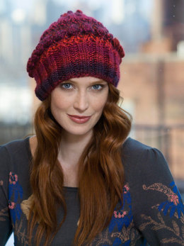 Bobble Beret in Lion Brand Unique - L32332