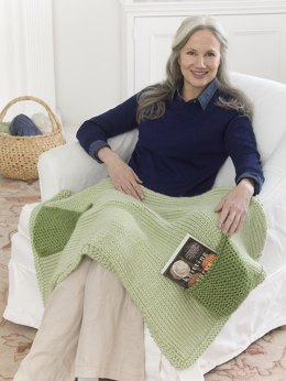 Lapghan With Pockets in Lion Brand Hometown USA - L50097 - Downloadable PDF