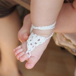 Baby girl barefoot sandals
