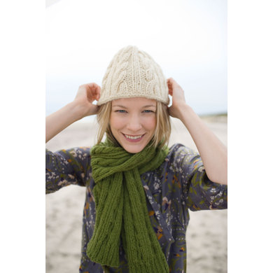 Chill in the Air Cap in Lion Brand Fishermen's Wool - 90443AD
