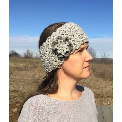 Queen's Lace Ear Warmer