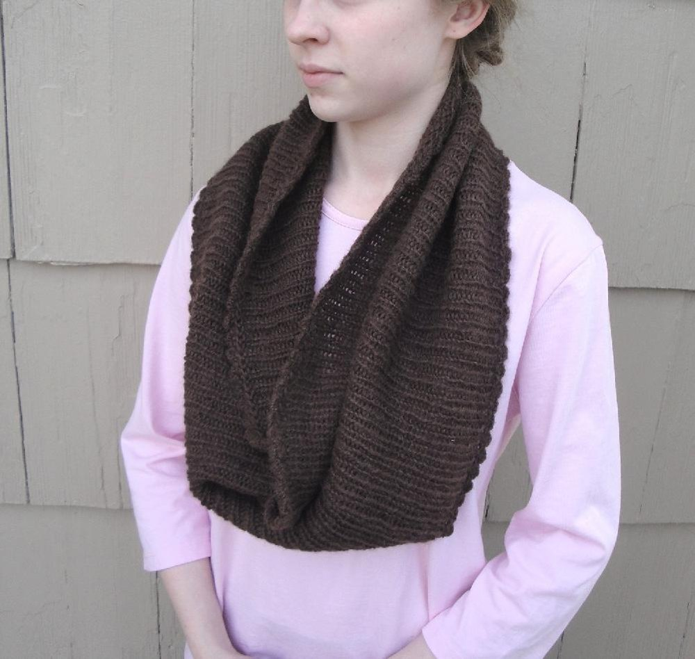 Easy Ribbed Cowl Knitting pattern by Emily   Knitting Patterns ...