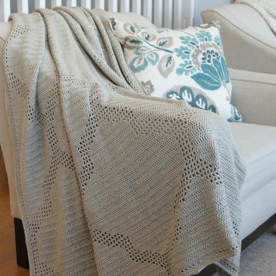 Quatrefoil Throw