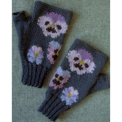 Pansy fingerless gloves/mitts