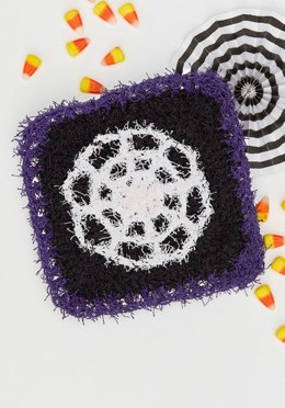 Spooky Spider Web Scrubby in Red Heart Scrubby Solids - LM6090 - Downloadable PDF