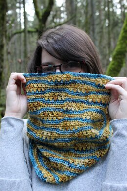 Tranquil Waves Cowl