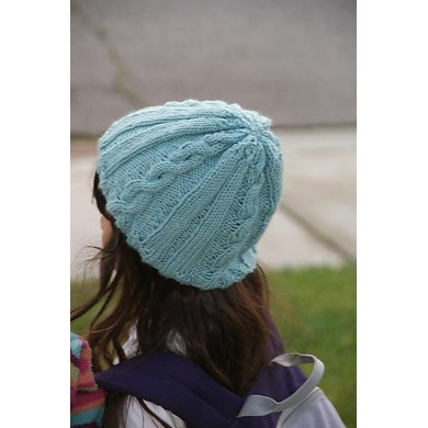 FROZEN TOES CABLED HAT