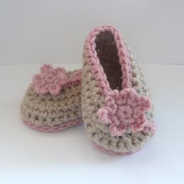 Crochet Crossover Baby Shoes