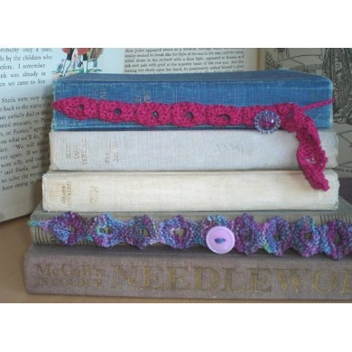 Knitted Button Bookmark