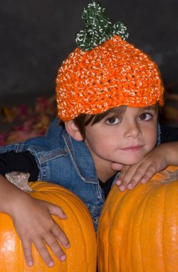 Lil' Pumpkin Hat in Red Heart Reflective - LW4437