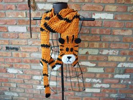Crochet Tiger Scarf (Inspired by Hobbes)