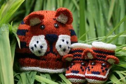Tiger Paws Baby Hat and Booties