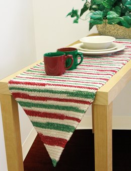 Table Runner to Crochet in Lily Sugar 'n Cream Stripes