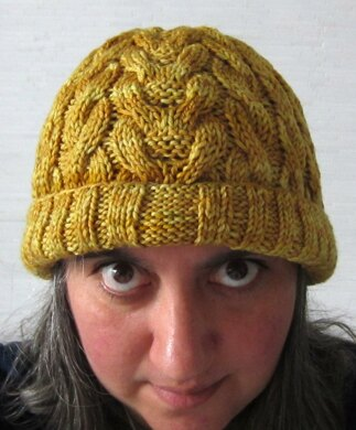 Juxtapose: A Cabled Beanie