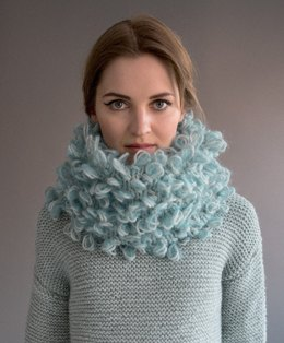 Sweater and Snood in Rico Essentials Alpaca Blend Chunky and Essentials Mohair - 374 - Leaflet
