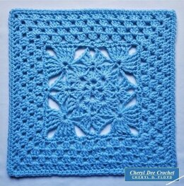 Five Diamonds Granny Square II - 12 inches with I Hook