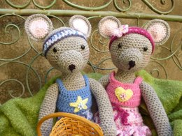 Maisie and Maurice Mouse Amigurumi Crochet Pattern