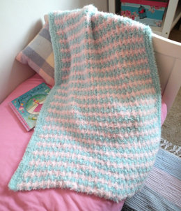 Two Colour Blanket in Robin Fleece Chunky - Downloadable PDF