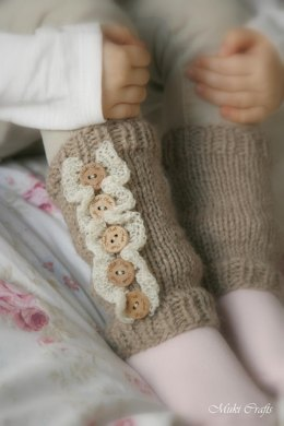 Leg warmers with ruffles Rahel