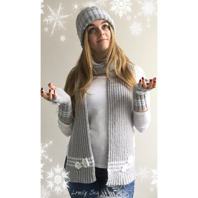 Snowy Hat, Fingerless Gloves and Scarf
