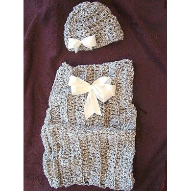 333, ROSE-BUD, COCOON AND HAT SET