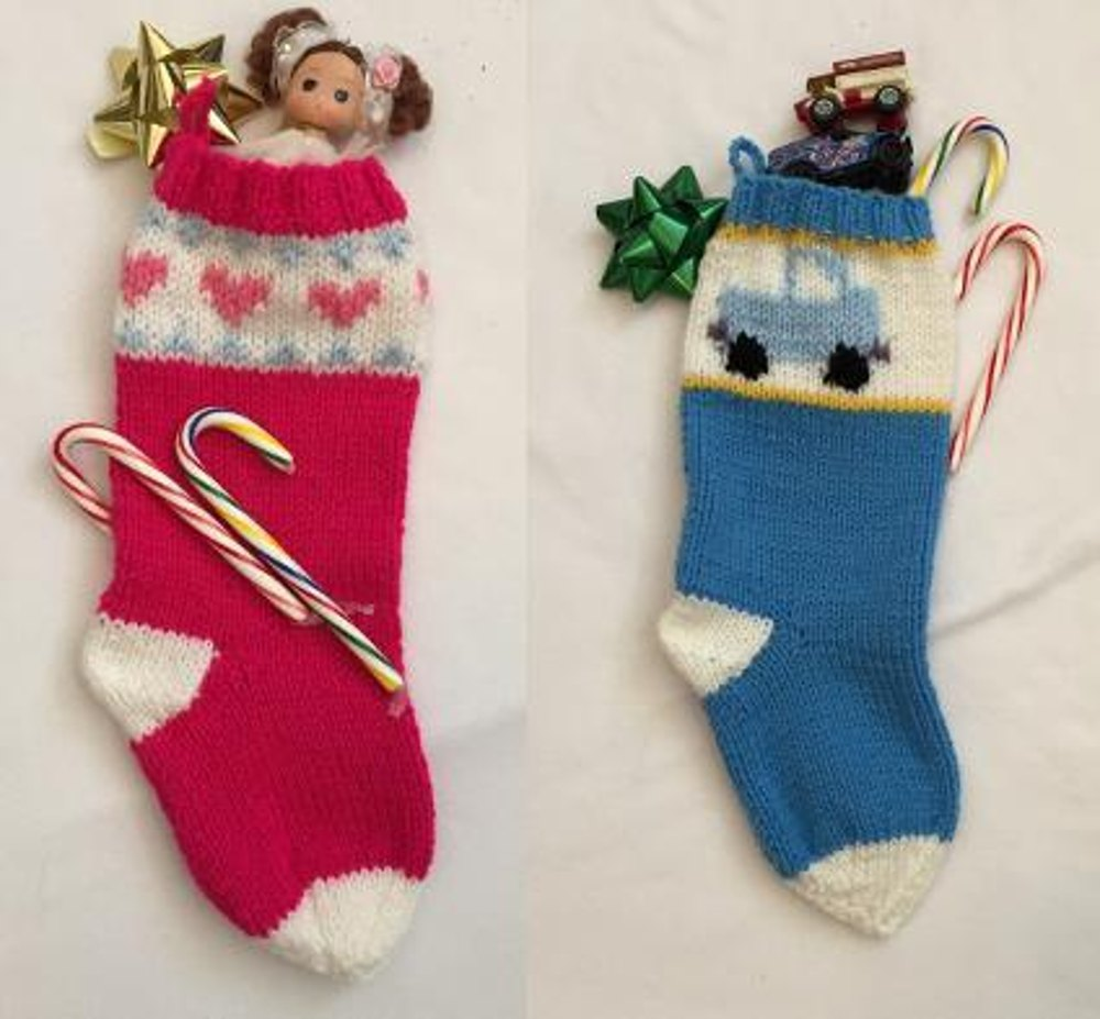 Heart And Truck Ez Graph Christmas Stockings Knitting Pattern By Frugal Knitting Haus