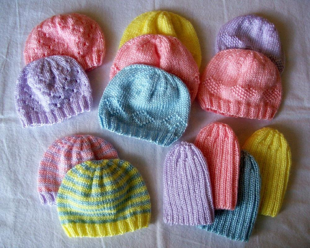 Baby hat knitting pattern dk yarn baby care preemie hats for charity knitting pattern by carissa browning big bow baby hat free bankloansurffo Images
