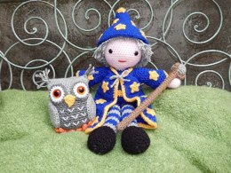 Merlin the Wizard and Hoots the Owl