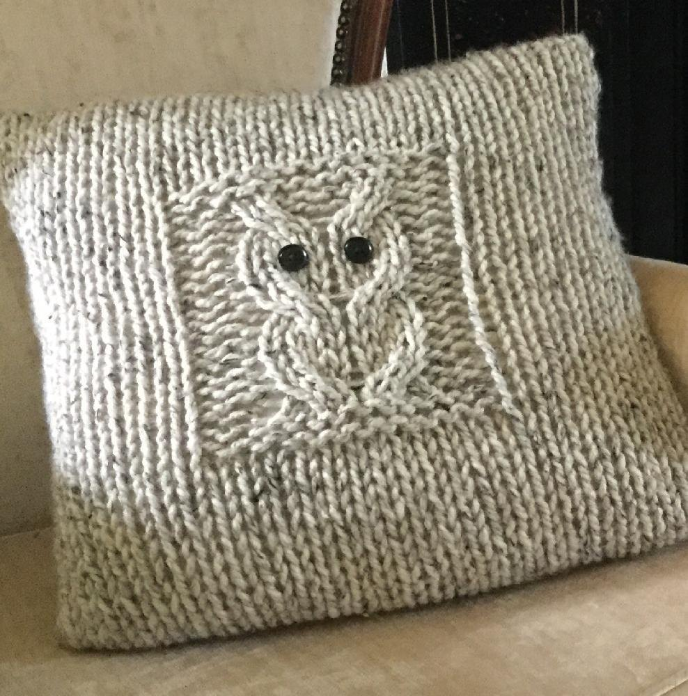 Owl Cushion Knitting Pattern : Big Owl Cushion Knitting pattern by The Lonely Sea