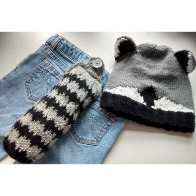 Head and Tails Raccoon Hat and Tail Set