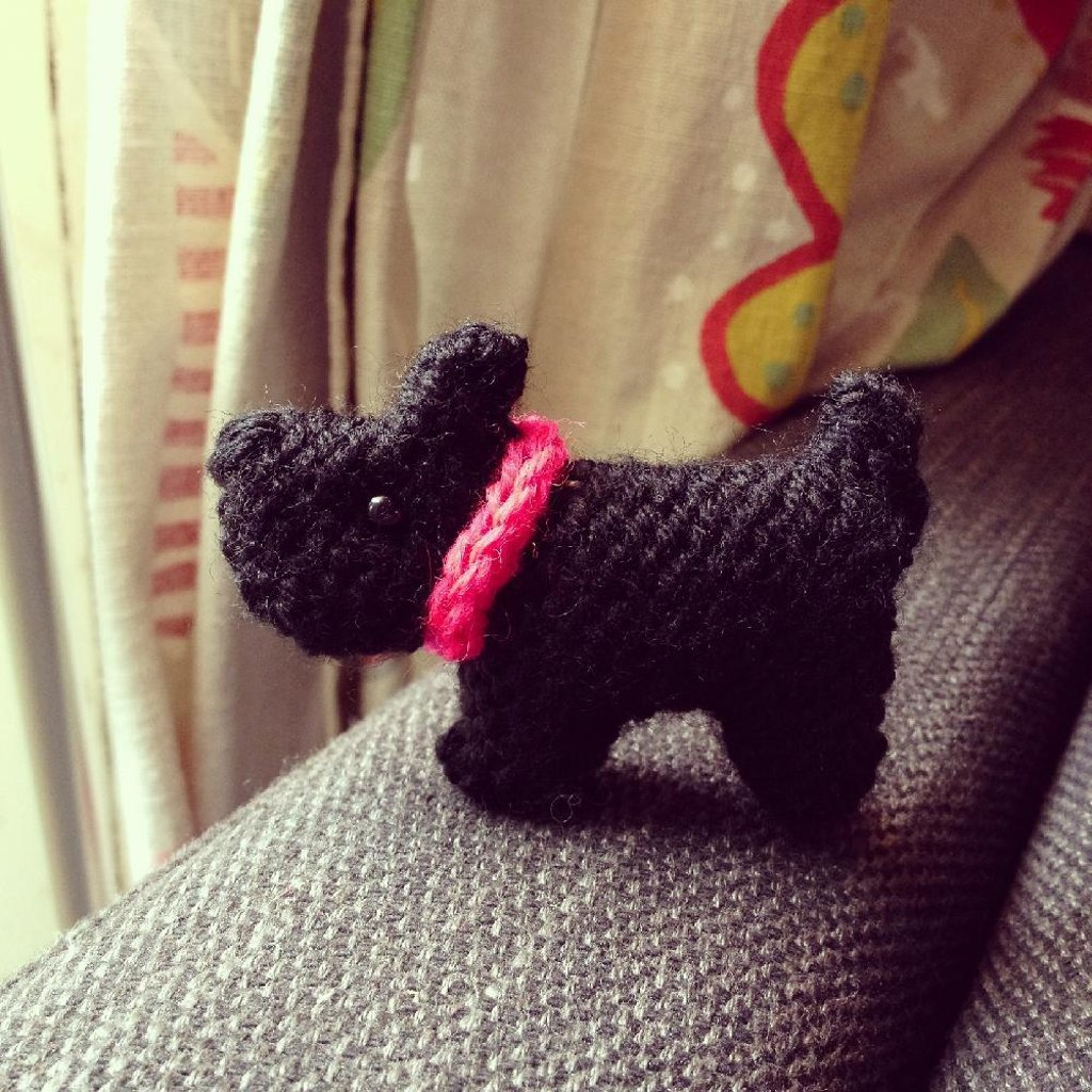 Free Toy Dog Knitting Patterns | LoveKnitting