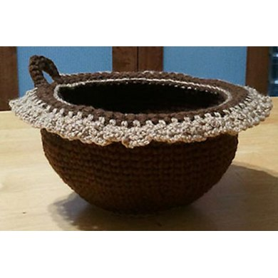 Yarn Bowl in Shallow Single Crochet