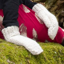 Twist mittens (for knitting left-handed)