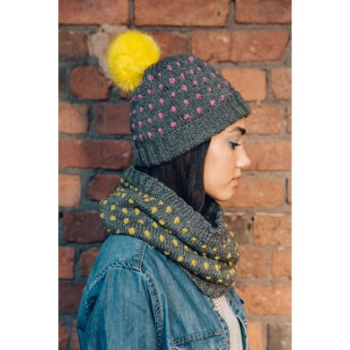 Fobble 'fake bobble hat and cowl