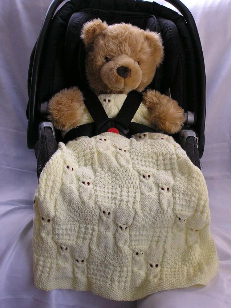 wise owl blanket for car seat stroller and pram knitting pattern by threads and yarns of pleasure. Black Bedroom Furniture Sets. Home Design Ideas