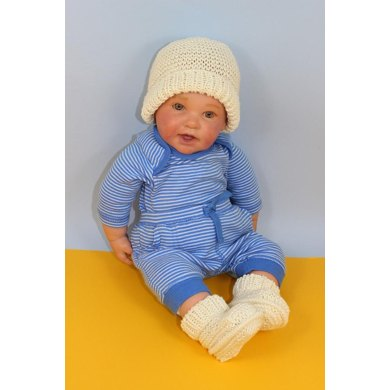 Baby Garter Stitch Beanie Hat and Booties Set