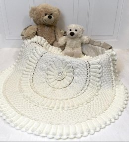 Chantilly Matelassé Crochet Baby Blanket
