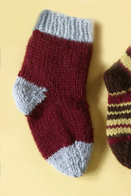 Knit Child's Two Color Socks in Lion Brand Wool-Ease - 70297A