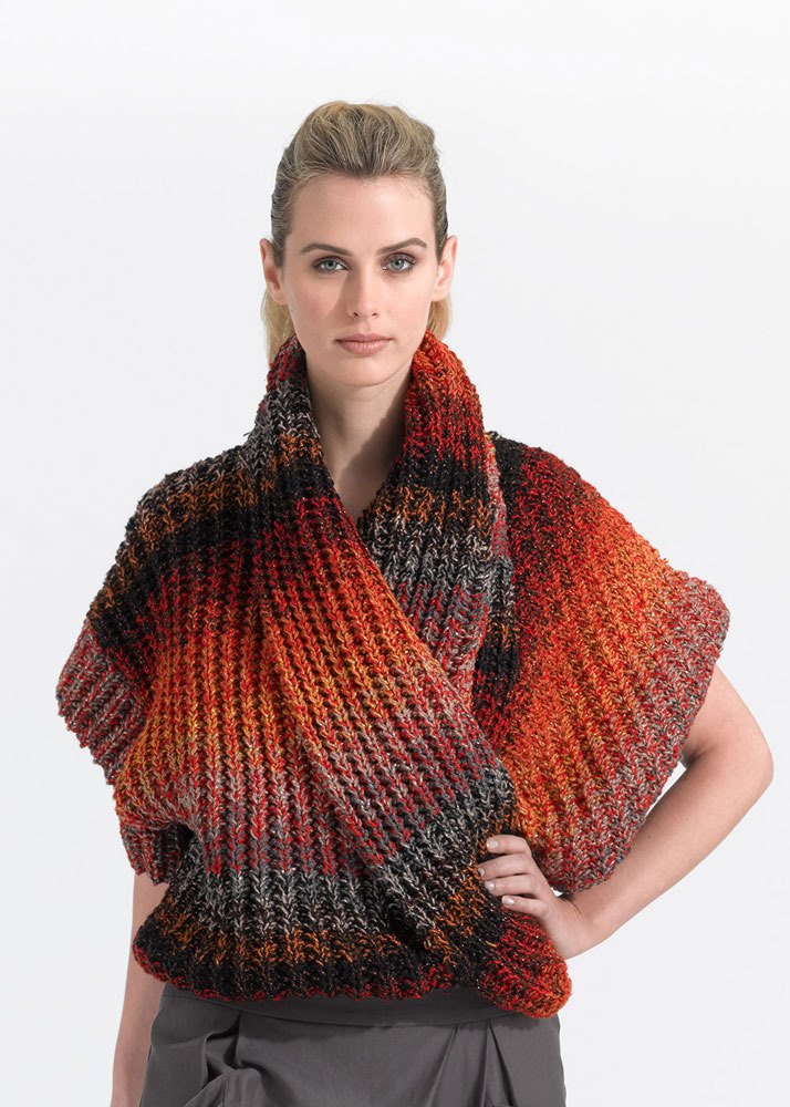 Multi Strand Top In Lion Brand Vanna S Glamour L0662