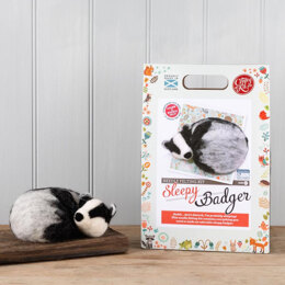 The Crafty Kit Company Sleepy Badger Needle Felting Kit - 190 x 290 x 94mm