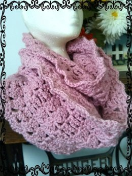 Olde Victorian Rose Infinity Scarf