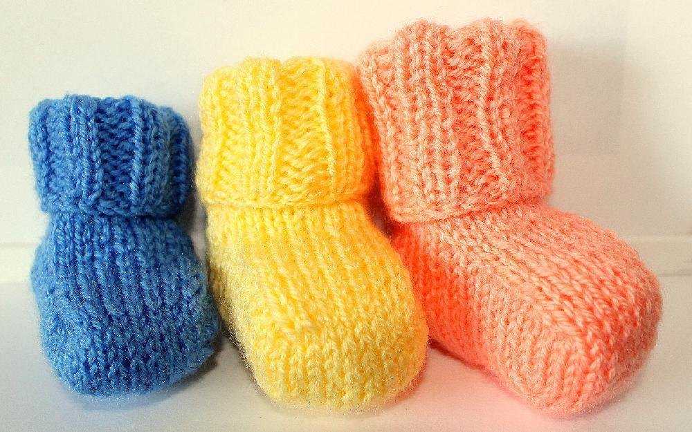 Sweet Simple Baby Booties Knitting Pattern By Stephanie Smith