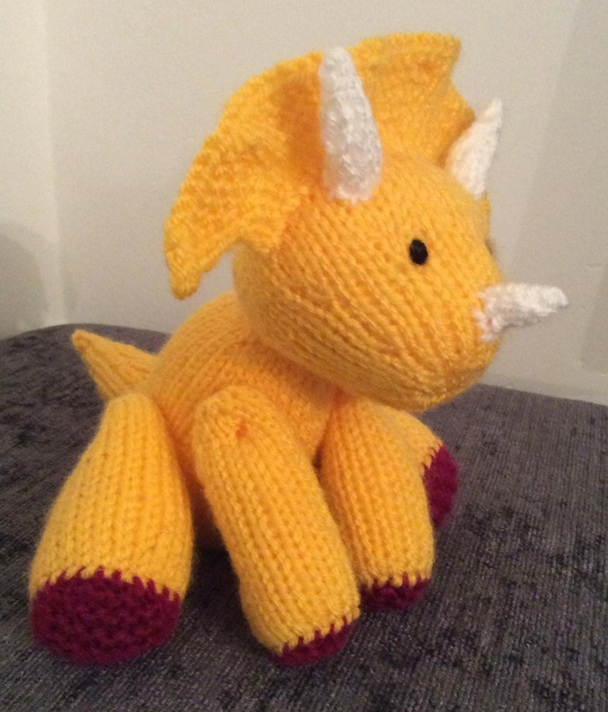 Triceratops dinosaur stuffed toy amigurumi Knitting pattern by Emma Whittle