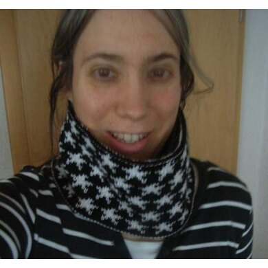 Reversible stardust headband or cowl (double-knitting)/Wendesternchen-Loop oder Stirnband