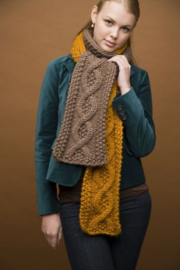 Mixed Message Scarf in Lion Brand Wool-Ease Thick & Quick - 90023AD