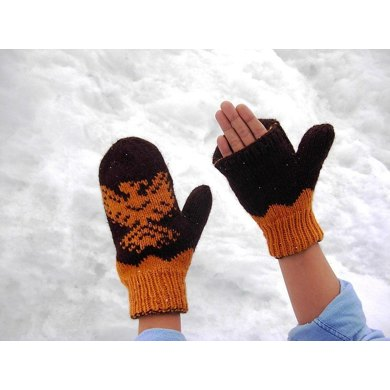 Rising Eagle Mó:qw Double Knit Mittens