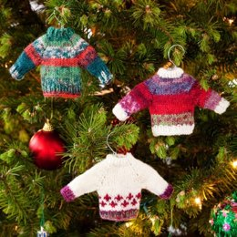 Noel Knit Sweater Ornaments  in Red Heart Heart & Sole - LW2639
