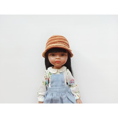 Summer hat for Paola Reina doll