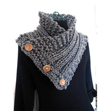 752-HECTANOOGA Side Buttoned Knit Scarf Cowl