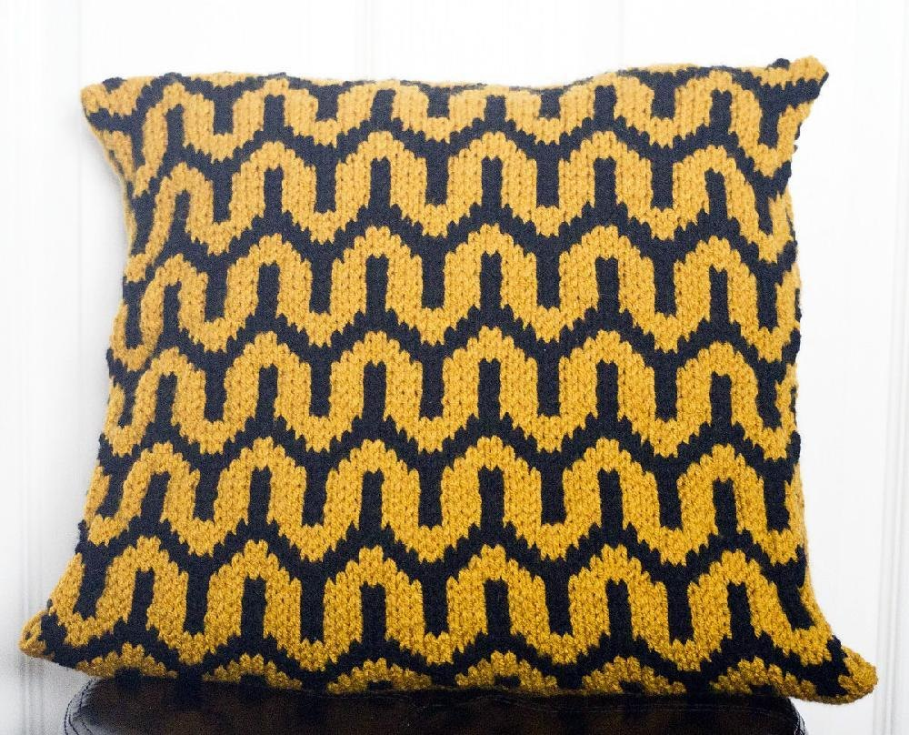 Bold art deco pillow cover knitting pattern by kraftling bold art deco pillow cover zoom bankloansurffo Images